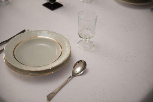 Τραπεζομάντηλο – Σειρά ASPEN - Ζακάρ με αζούρ – Λευκό – Σε 4 σχέδια –140x180 και 240x180 με ή χωρίς πετσέτες